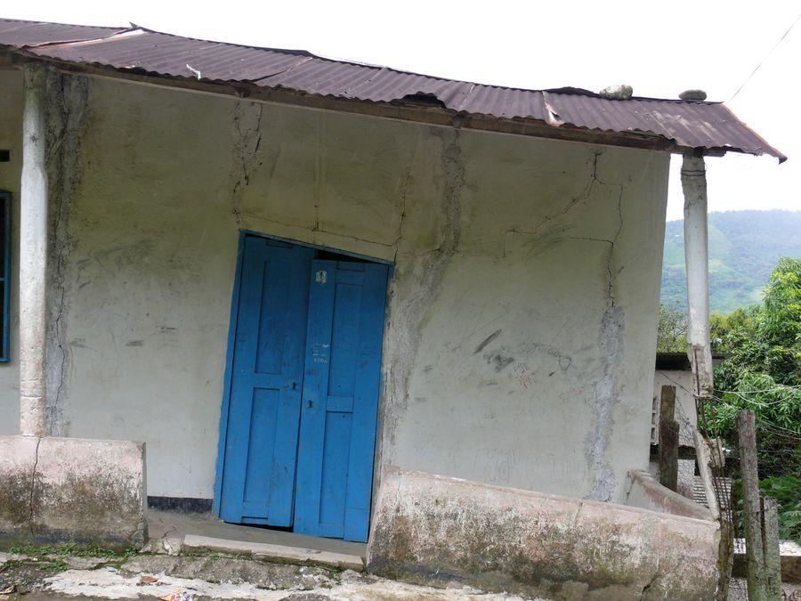La maison inclinée